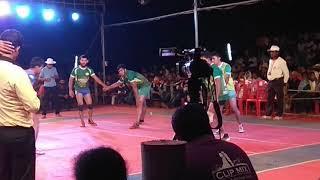 Download Brothers kandal vs kudumaru match @savanoor Video