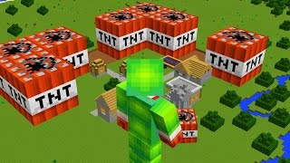 Download BECOMING A GIANT IN MINECRAFT! Video