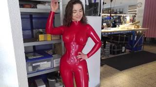 Download A Visit to Fantastic Rubber in Berlin, Germany Video
