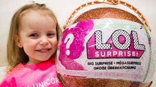 Download Gaby and Alex unboxing LOL Surprise Giant Ball Big & Lil Sisters Baby Dolls Video