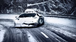 Download LAMBOS LOVE SNOW Video