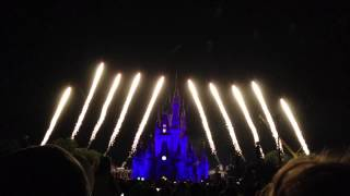 Download Walt Disney World Wishes Finale (with Castle Holiday Lights) Video