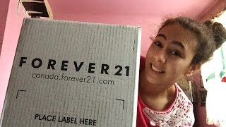 Download Huge Forever 21 Spring Clothing Unboxing Haul!! Video