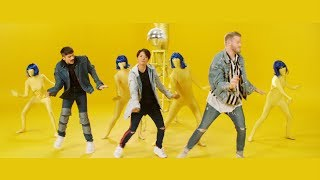 Download FANTASY (feat. Amber Liu) by SUPERFRUIT Video