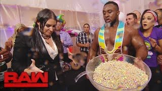 Download The New Day's record-breaking celebration takes a chaotic turn: Raw, Dec. 12, 2016 Video