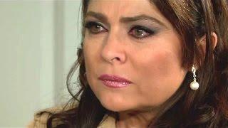 Download Triunfo del Amor | Victoria ve el crucifijo que le regalo a Juan Pablo Video