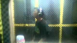 Download [Studio] Lắng nghe ta nói - McTee Video