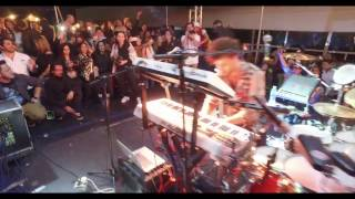 Download Corona Sunsets Youngr live @ Guatemala Video