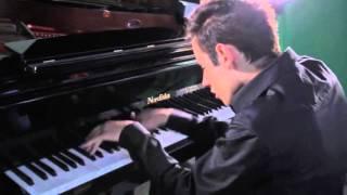 Download Великолепный кавер «Bad» Майкла Джексона на фортепиано Video
