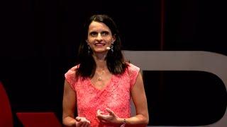 Download Le bonheur au travail : une révolution   Létitia FRAYSSE   TEDxRéunion Video