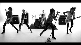 Download ASKING ALEXANDRIA - The Black Video