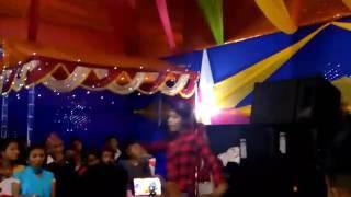 Download Kadam Chala Nepali song dance by puja thapa Video