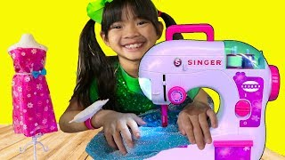 Download Emma Pretend Play w/ Princess Boutique & Toy Sewing Machine Video
