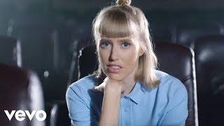 Download Immer wenn wir uns sehn (″Das schönste Mädchen der Welt″, Soundtrack) Video