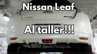 Download Os enseño el Nissan Leaf en el elevador y el vano motor Video