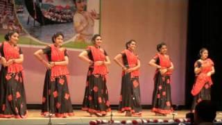Download Chandu thottille - cinematic dance, Kerala Festival 2009 Video