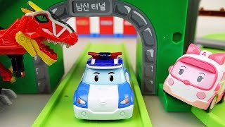 Download Dinosaur and Robocar Poli car toys playset Video