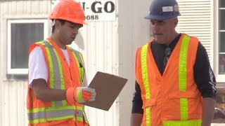 Download Pretending To Be Construction Workers Prank! Video