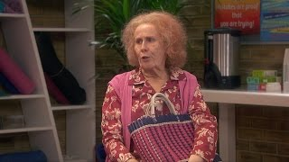 Download Nan annoys the anger management group - Catherine Tate's Nan: Episode 1 Preview - BBC One Christmas Video
