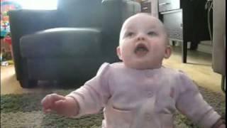 Download Śmieszne: Ten dzieciak każdego zarazi śmiechem! (funny baby) Video