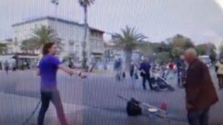 Download VIAREGGIO: SCONCERTANTE EPISODIO DI VIOLENZA E DI RAZZISMO IN PASSEGGIATA. Video