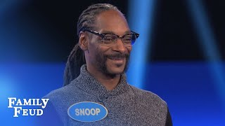 Download Snoop Dogg's CRAZY Fast Money! | Celebrity Family Feud | OUTTAKE Video