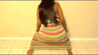 Download Ples guzom koji je sve ostavio bez teksta (2012) Video