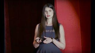 Download Provocarea sănătății | Lavinia Ioniță | TEDxEroilor Video