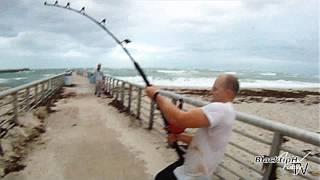 Download Extreme Saltwater Fishing! Video
