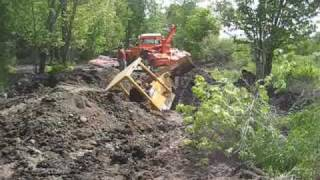 Download DOZER STUCK Video