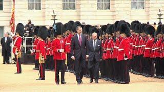 Download Felipe VI da Espanha visita o palácio de Buckingham Video