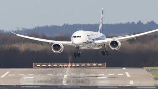 Download Dangerous Crosswind Landings during a Storm at Düsseldorf - Multiple Aborted Landings Video