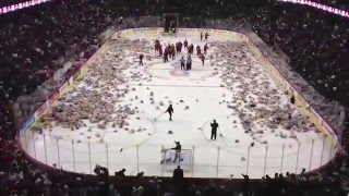 Download Calgary Hitmen 2012 Teddy Bear Toss - Watch 25,000 Bears Fly at Hockey Game Video