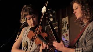 Download Mile Twelve /// ″Back Up and Push″ (Fiddle & Banjo Duet) Video