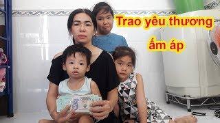 Download Phần 3 | Trao hỗ trợ giúp mẹ đơn thân nuôi 3 con cùng quẫn vượt qua ngịch cảnh để làm ăn - Guufood Video