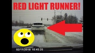Download Bad Drivers of the Chicago Suburbs Episode 1 Video