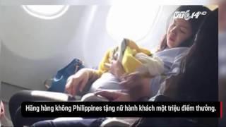 Download Sinh ra trên máy bay, em bé được bay miễn phí cả đời Video