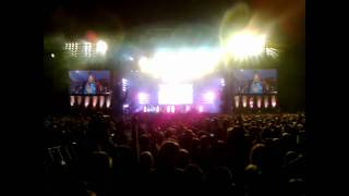 Download HOF GDYNIA 2010 Empire Of The Sun - Walking on a Dream.wmv Video