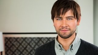 Download Reign's Torrance Coombs Talks Real-Life Romance Video