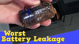 Download Worst battery leakage I've ever seen! Casio CT 380 Video