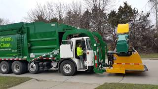 Download Waste Management: CNG Autocar ACX Xpeditor/ McNeilus Atlantic FL- w/ Curotto Can Video