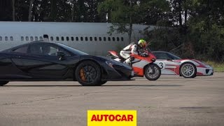 Download McLaren P1 vs. Porsche 918 Spyder vs. Ducati 1199 Superleggera - drag race Video