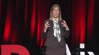 Download Politique de défense : l'impact de l'invisible | Julia MARIS | TEDxAix Video
