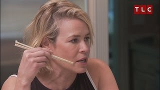 Download Chelsea Handler Grills Leah's Remini's Assistant Video