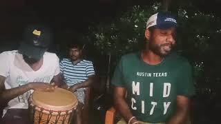 Download Mathu dinaka (sudu)-binduඅහලම බලන්න අපේ කොල්ලෙක්ගෙ පට්ට ගායනයක් Video