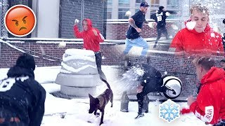 Download INSANE TEAM 10 SNOWBALL FIGHT **APOLLO GOT HIT** Video