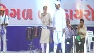 Download Maniyaro Dandiya ras. singer: muru barot&Vijay odedra At. Natha Bhagat ni rankhambhi Video