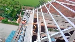 Download Hướng dẫn hàn kèo sắt lợp ngói.P2 Guide to welding iron roof, roof tile P2 Video