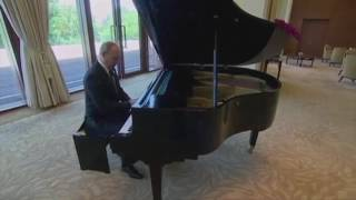 Download Putin plays the piano - Imperial March from STAR WARS Video