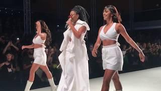 Download Juliana Paes e Ludimilla no desfile da Skazi no Minas Trend Video